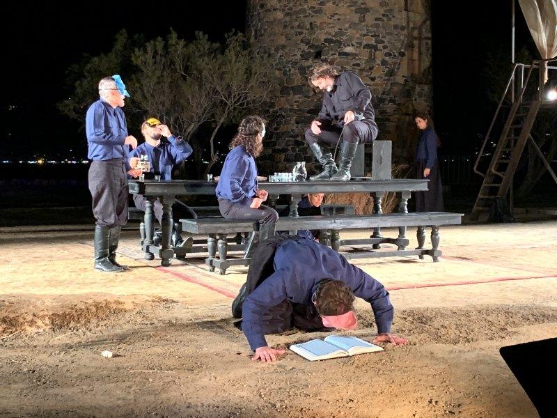 Στις Αλυκές της Ελούντας έπεσε η αυλαία των παραστάσεων στην Κρήτη της σύγχρονης λαϊκής όπερας «Καπετάν Μιχάλης (Ελευτερία ή Θάνατος)